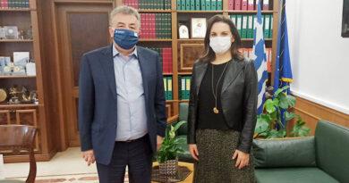 Συνάντηση Αρναουτάκη και Όλγας Κεφαλογιάννη